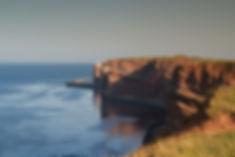 De klippen aan de noordwestkant van Helgoland