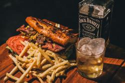 Machar's sandwich & bar