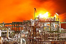 oil-refinery-on-fire-1.jpg