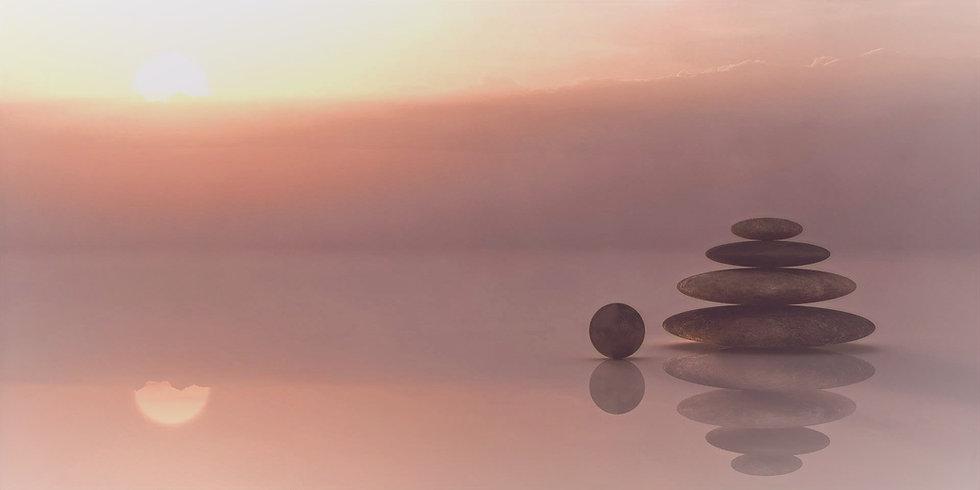 balance-110850_edited_edited_edited.jpg