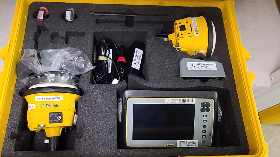 SPS985 Base/ Rover Kit with Tablet