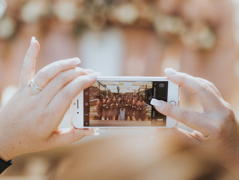 5 Convincing Reasons to Hire A Wedding Videographer