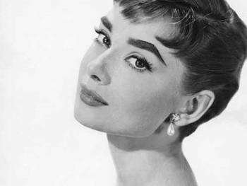 永遠の憧れ〜Audrey Hepbern〜のように、可憐で凛とした芯の強さを感じられる、美と健康と清潔感を併せ持つ女性を目指してこれからも頑張っていきます💓
