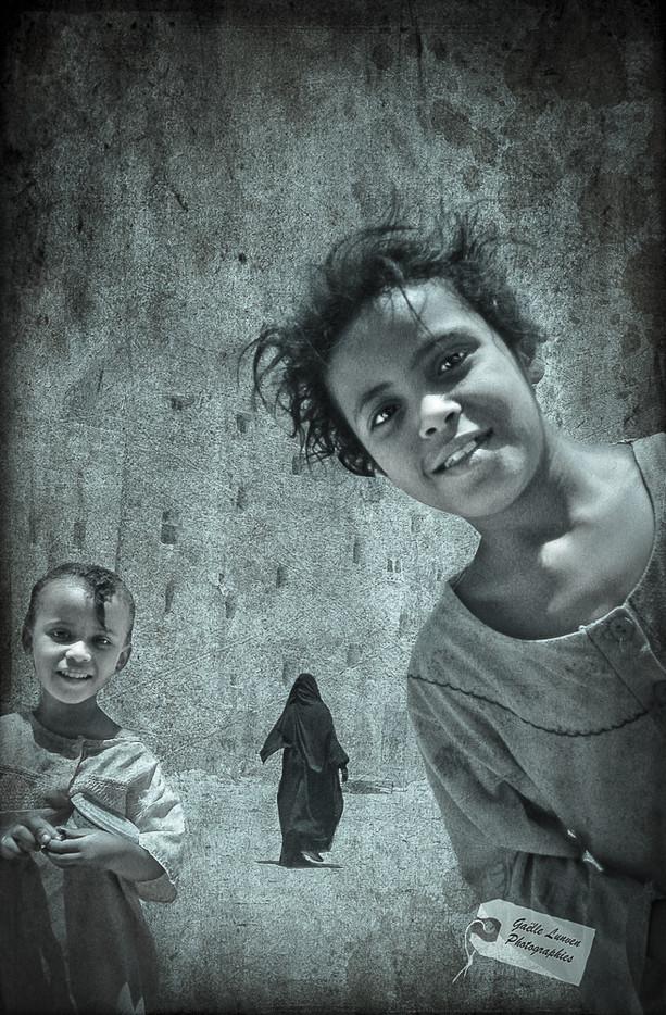 Yemen-Est-jeunes-filles-1finale-par-Gaelle-Lunven.jpg