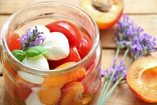 Marillen Mozzarella Salat