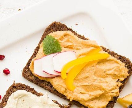 Hummus Brot