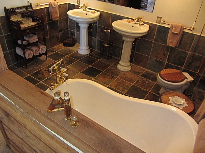 Master Bath / Claw ft tub