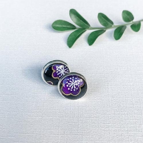 stud earrings purple flowers on black