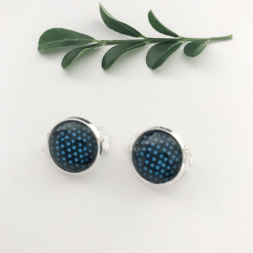 clip-on earrings ~ blue dots