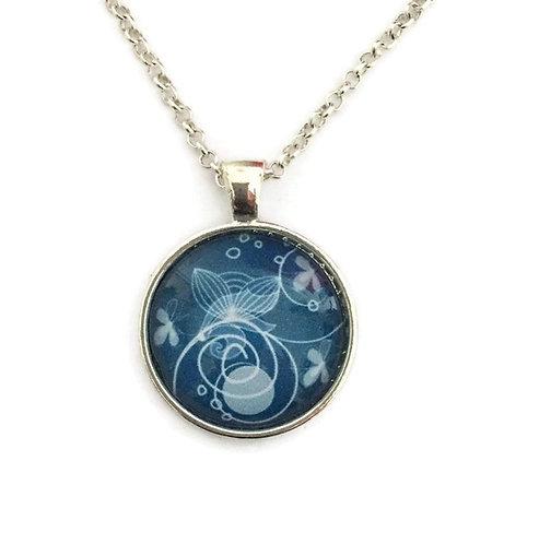 blue swirl pattern necklace