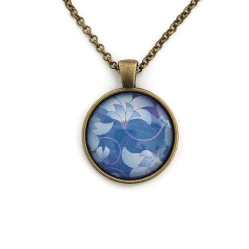 blue pattern necklace