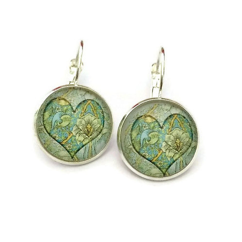 light green hearts