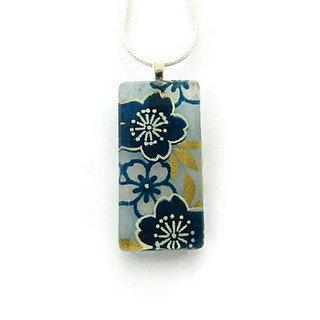 blue summer flowers pendant