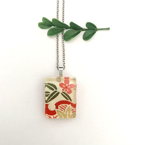 mini red and green necklace ~ for that tropical feel