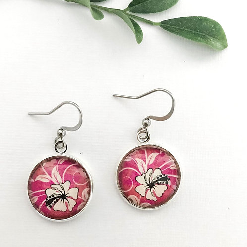tropical flowers in pinks
