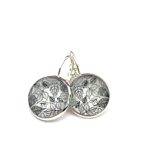 simple black and white leaves earrings