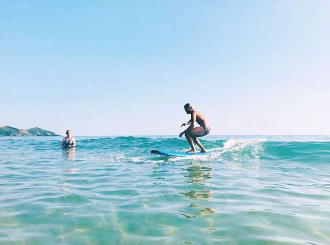 Surf Lessons on Whitsand
