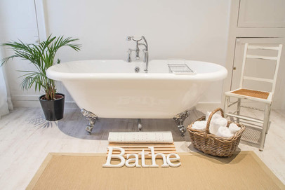 Master Ensuite Bath.jpg