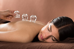 1481064171cupping-therapie-2.png