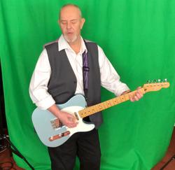 Garry recording music videot