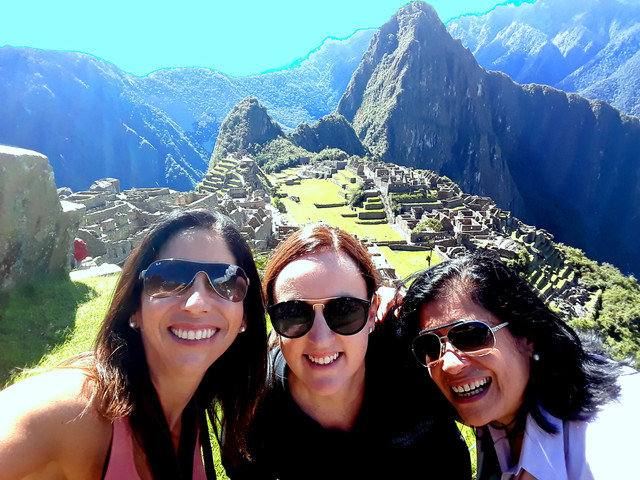 RECONNECTING WITH CUSCO COLORS
