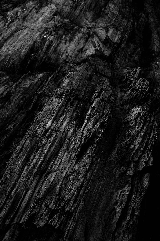 Stones_black_Fantasy