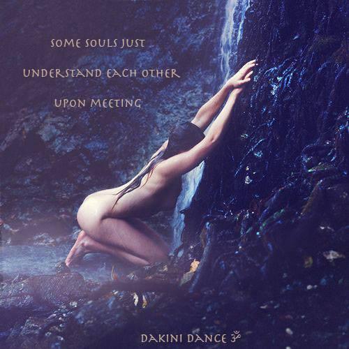 Sacred Priestess of Magic