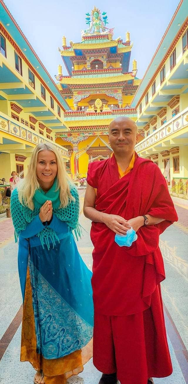 Meditate upon the guru as the glow of your awareness - Yeshe Tsogyal