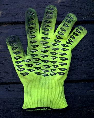 gloves dirt muc off muck