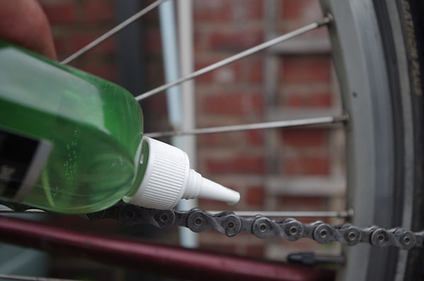bottle application lube chain bike bicycle cycl