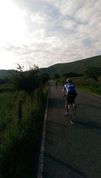 Eroica Britannia cyclists Peak District Climb to Mam Nick