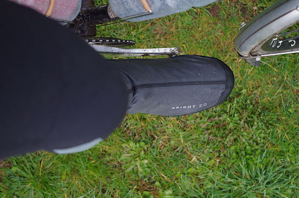 Cycling waterpoo commute tour over shoe cover oxford