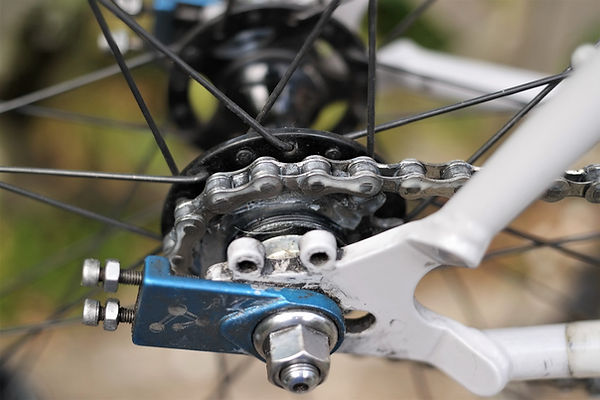 cog chain cycle bicycle rear wheel lube oil