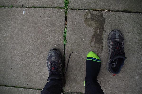 Cycling cyclist wterproof sock shoe footwear bicycle DexShell