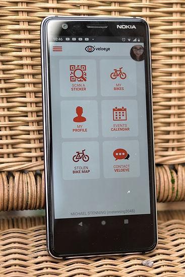 velo eye security bicycle bike app phone screen