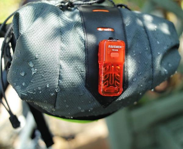 ravemen bike seat pack loop mount rear bike bicycle light red back