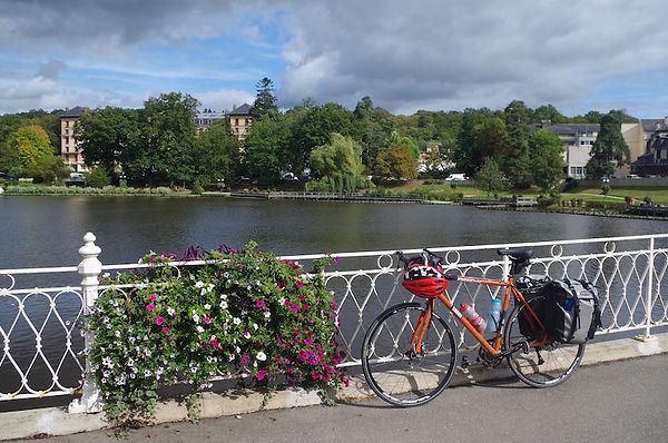 bicycle cycle lake Orne department bagnoles Veloscenic Veloscenie