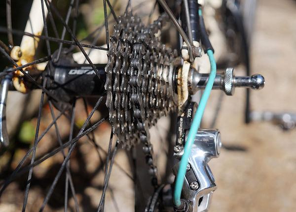 chain lube oil bike icycle cycle rear cog wheel