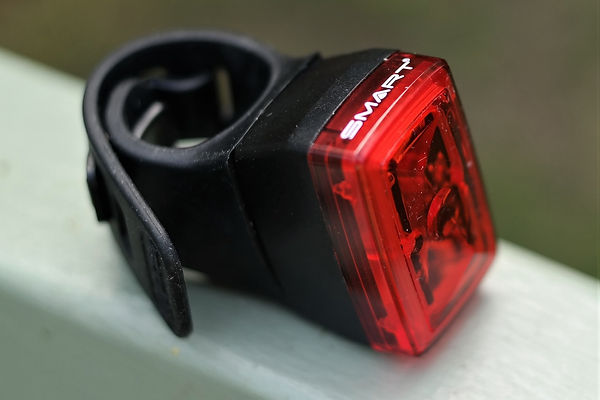 bike bicycle cycle rear back red light blinkie smart