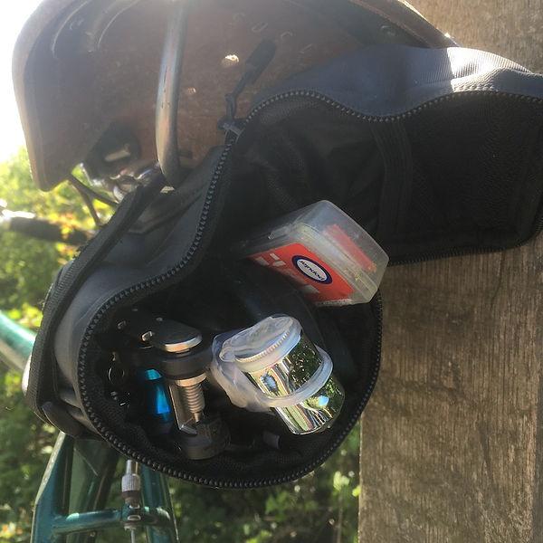 cycle cycling bike seat pack saddle bag pump multi-tool kit repair