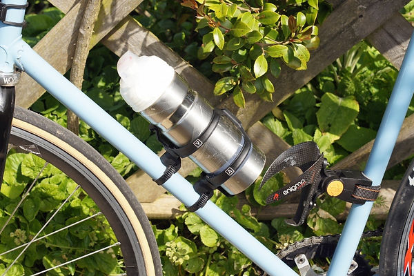 Vel SE side entry bottle cag bicycle cyclign bike test review