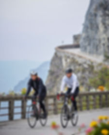 Cyclng, couple, Italy cliff, Cattolica