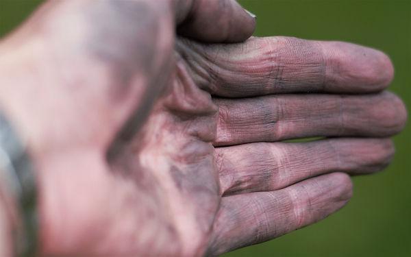 hand oil dirt grime
