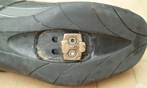 cycling bicycle shoe cleat broken worn shoe trainer spd spud