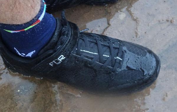 shoe cycle bicycle wet rain