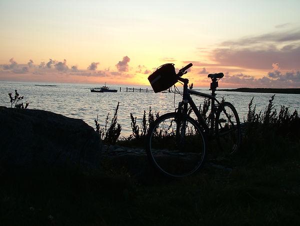sunset bicycle benbecula