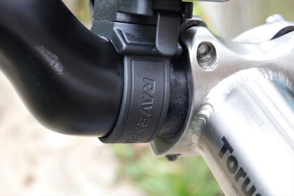 bracket handlebar bicyle cycle light