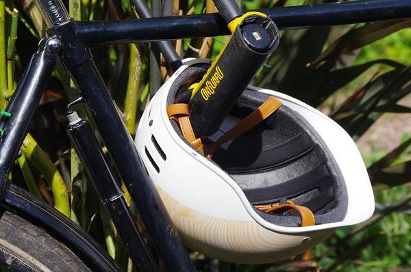 Thousand epoch cycle helmet, locked with U D lock