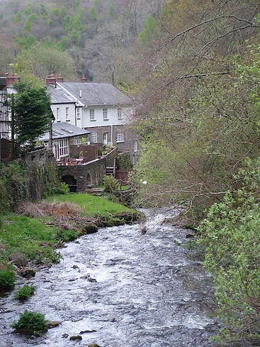 stream gorge wood cottage