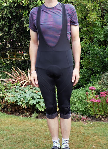cycling bicycle cyclist gear cloting bib shorts tighs three quarters knickers